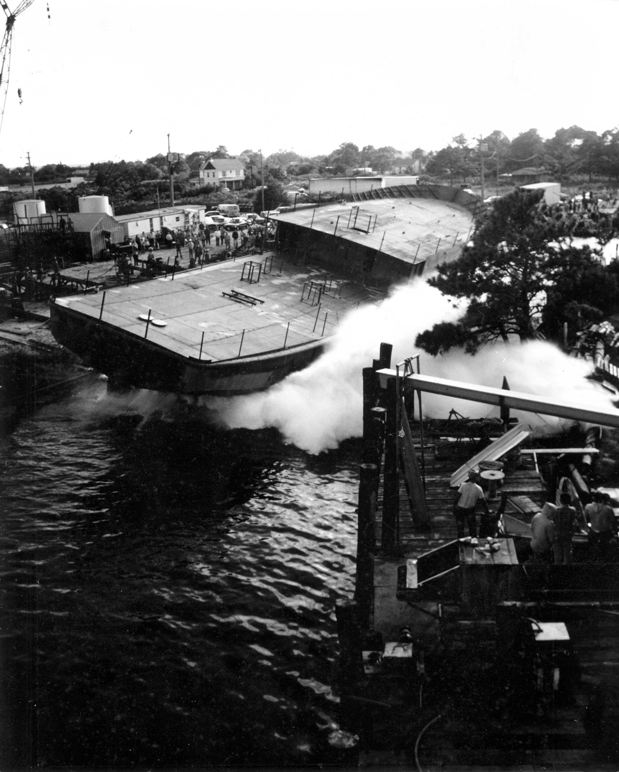 Side-launching White Dove in 1984